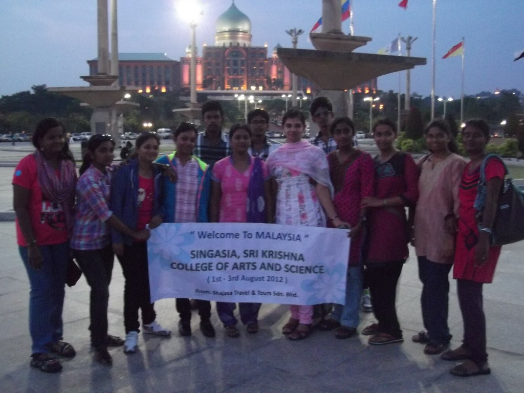 Shajasa Travel & Tours Welcomes India Sri Krishna College of Arts and Science Friends to Malaysia (Aug 2012)